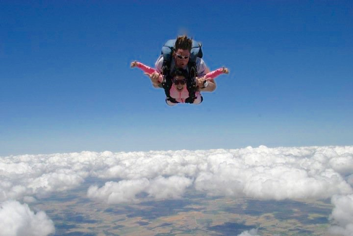 Skydiving - 1 (6)